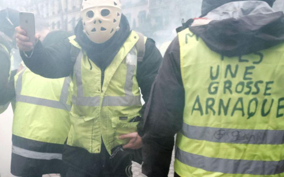 درگیری جلیقه زردها با پلیس در فرانسه